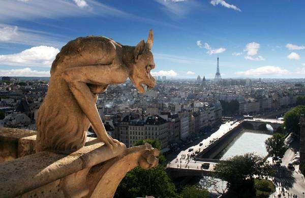 Гаргулья собора Парижской Богоматери, Париж