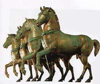 рис 3. медные статуи лошадей, фото фотография, лошади кони