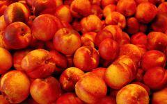Нектарин фрукты