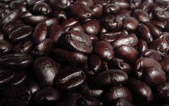 Много черного кофе