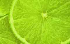 Дольки зеленого лимона