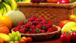 Клубника и фрукты