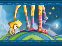 Жираф в разноцветных носках